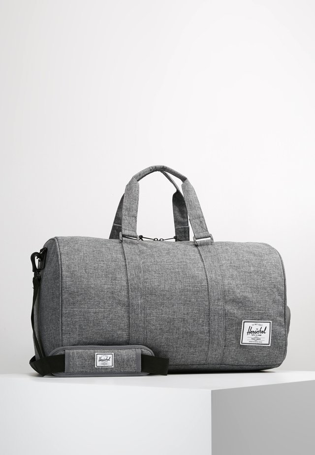 NOVEL - Sac de voyage - raven crosshatch