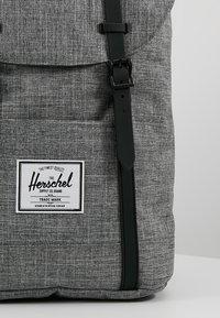Herschel - RETREAT - Reppu - raven crosshatch / black rubber - 7