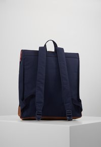 Herschel - CITY MID VOLUME - Reppu - peacoat/saddle brown - 2