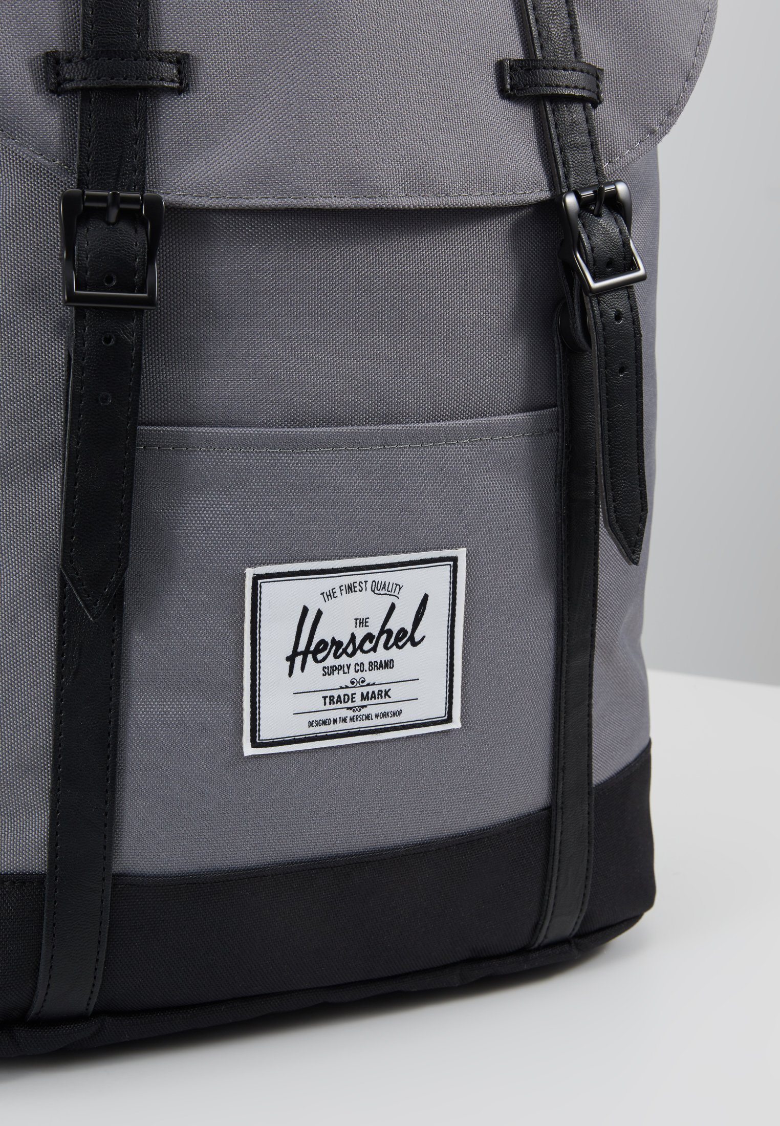Herschel RETREAT - Rygsække - grey/black