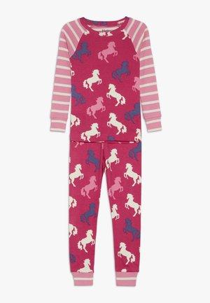 KIDS CLASSIC PYJAMAS PLAYFUL HORSES - Pyžamo - pink