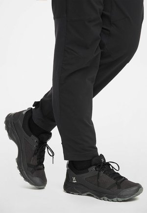 Hiking shoes - slate/true black