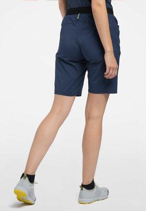 KURZE WANDERHOSE L.I.M FUSE WOMEN - Outdoor shorts - tarn blue