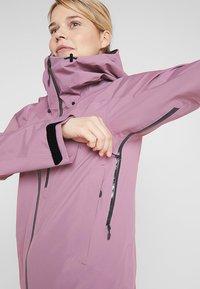 Haglöfs - NIVA JACKET WOMEN - Snowboard jacket - purple milk - 3