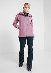 Haglöfs - NIVA JACKET WOMEN - Snowboardjas - purple milk - 1
