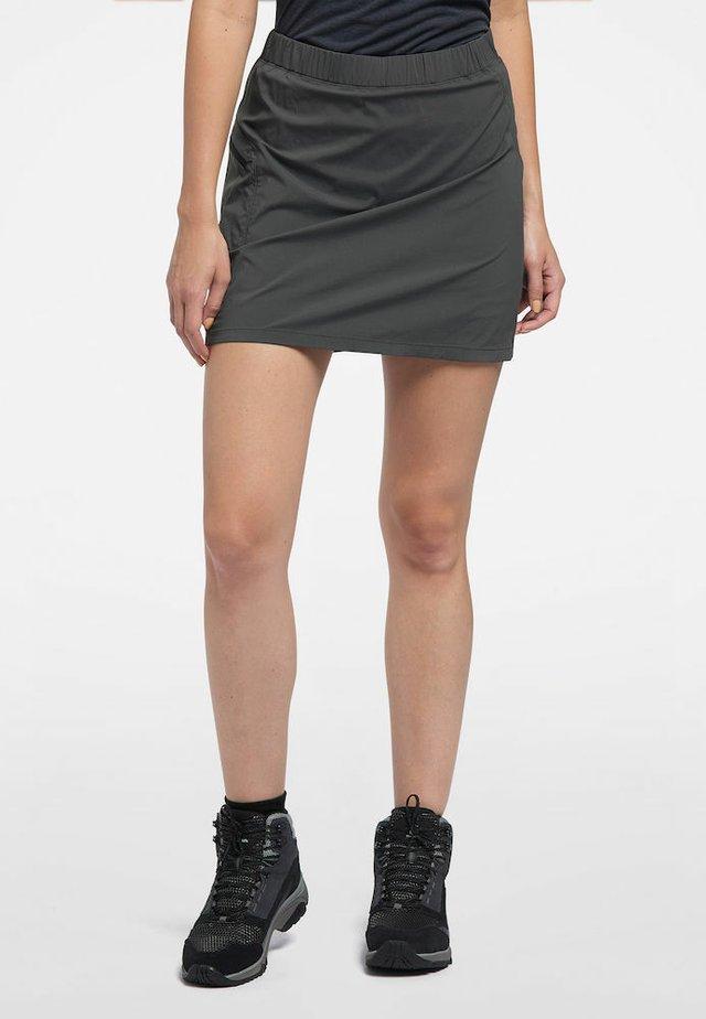 SKORT LITE  - Sports skirt - magnetite