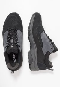 Haglöfs - HAGLÖFS SKUTA LOW PROOF ECO MEN - Outdoorschoenen - true black/magnetite - 1