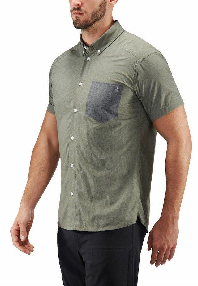 HAGLÖFS WANDERHEMD VEJAN SS SHIRT MEN - Shirt - sage green