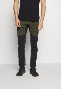 Haglöfs - RUGGED FLEX PANT MEN - Friluftsbukser - deep woods/true black - 0