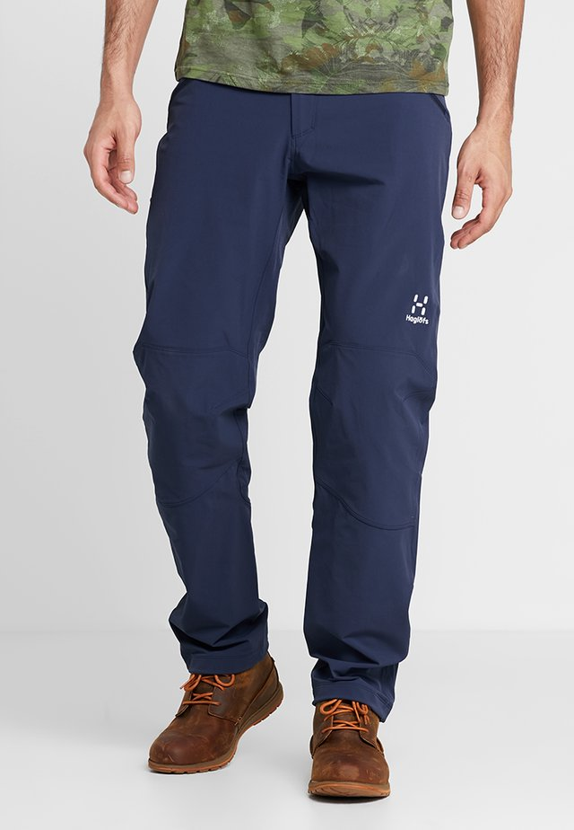 MORÄN PANT MEN - Spodnie materiałowe - tarn blue