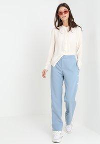 Hope - LIFT TROUSER - Kalhoty - faded blue - 1