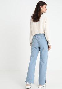 Hope - LIFT TROUSER - Kalhoty - faded blue - 2