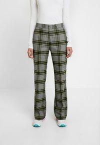 Hope - WALK TROUSER - Pantalones - green - 0