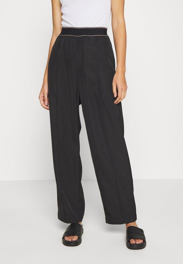 SPRING TROUSER - Pantalones - black