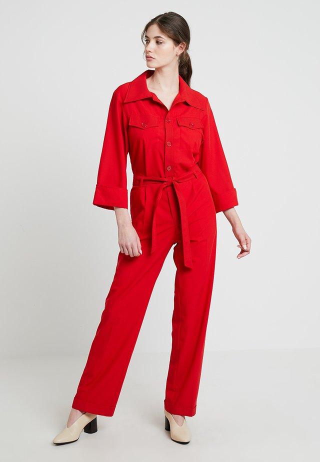 Jumpsuit - red