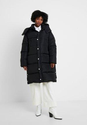 DUVET COAT - Zimní kabát - black