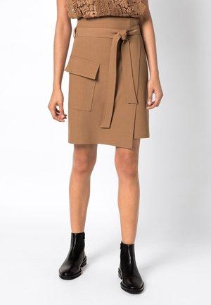 Wrap skirt - caramel