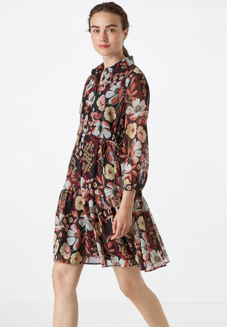 HALLHUBER - MIT BLUMENDRUCK - Shirt dress - multicolor