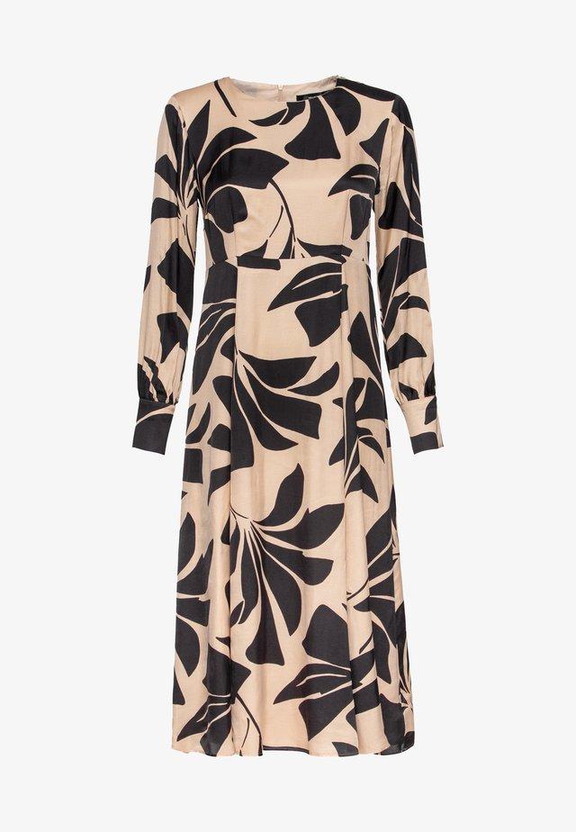 MIT MAXI-BLUMENPRINT - Korte jurk - black