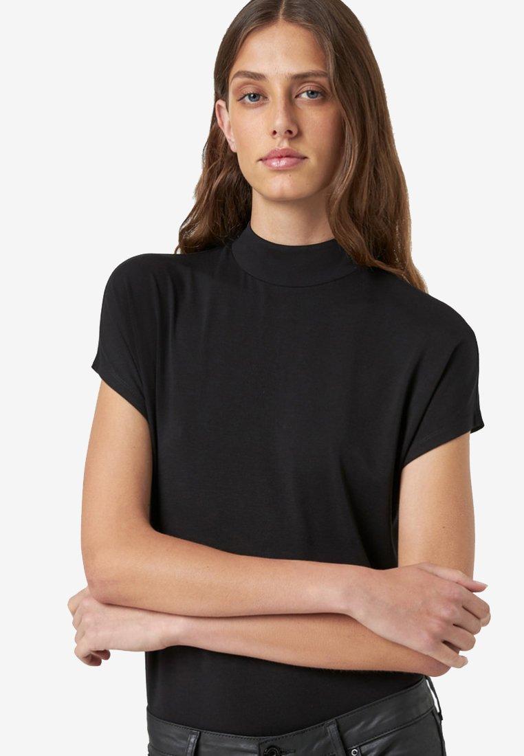 HALLHUBER - T-Shirt basic - black