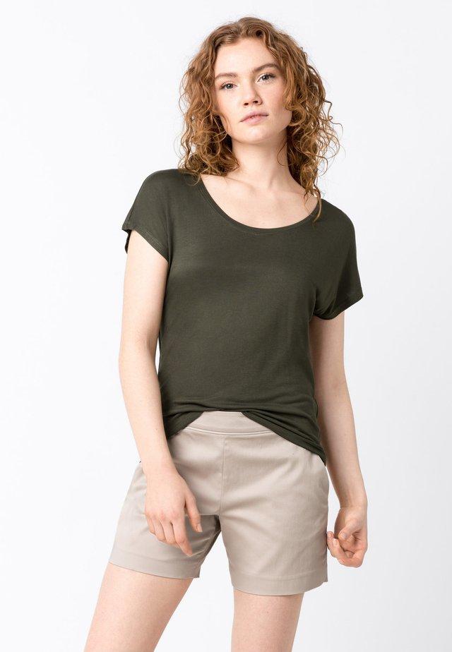 T-Shirt basic - fango