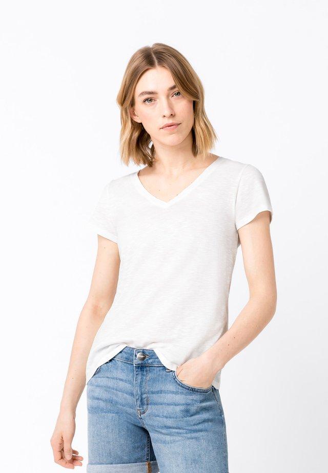 MIT V-AUSSCHNITT - Basic T-shirt - offwhite