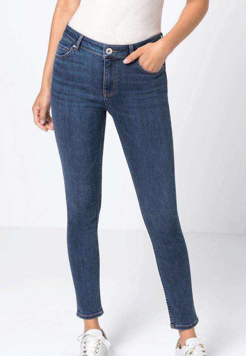 HALLHUBER - MIA  - Jeans Skinny Fit - blue denim