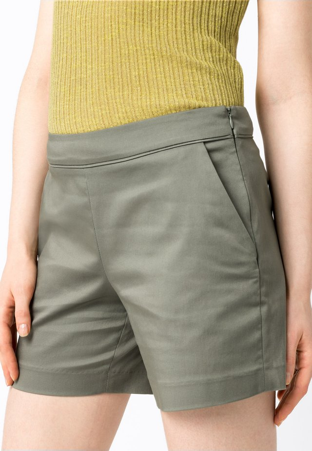Shorts - salbei
