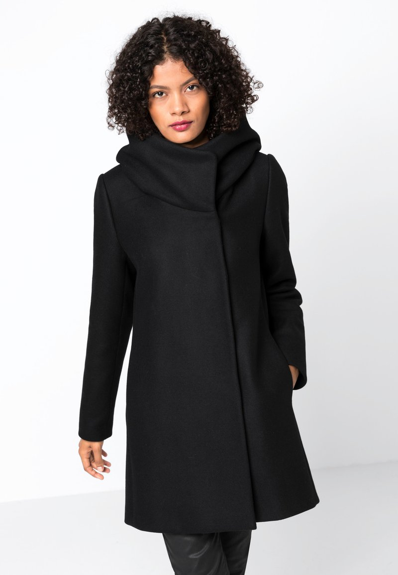 HALLHUBER - MIT VOLUMENKRAGEN - Manteau court - black