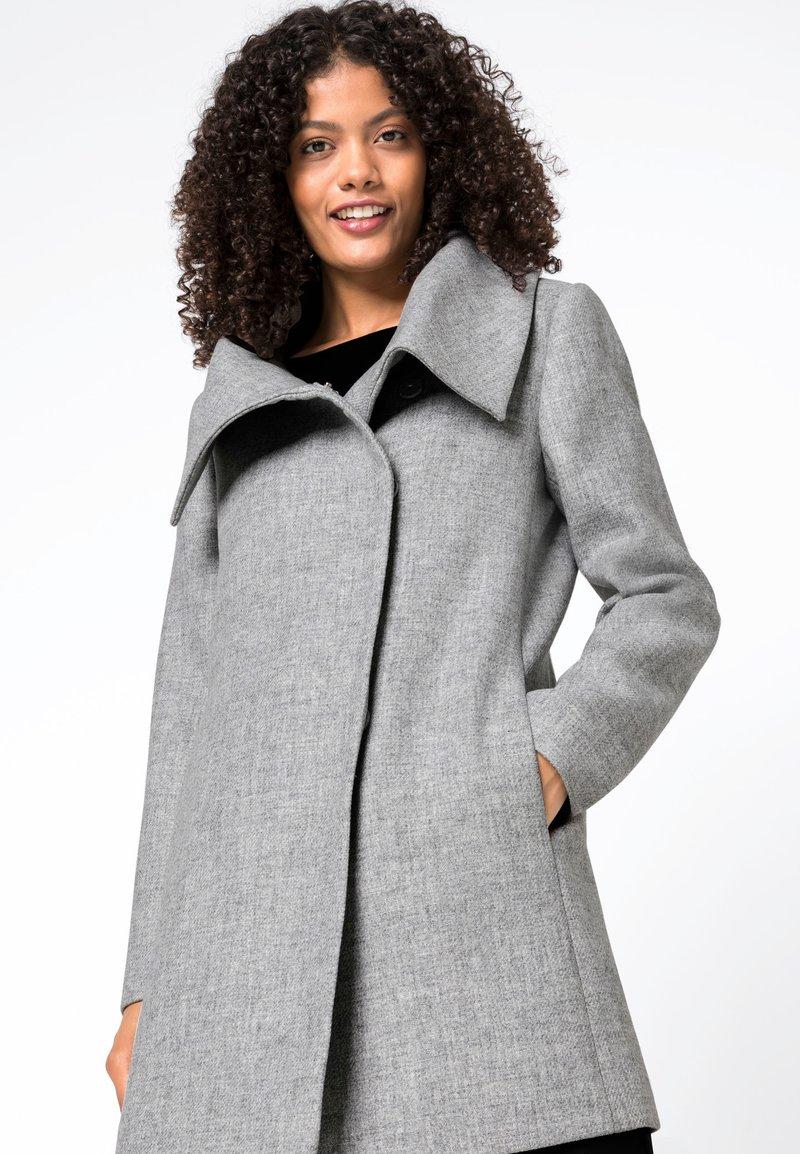 HALLHUBER - Short coat - bright silver melange