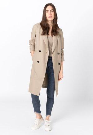 MIT LEINEN & TENCEL™ - Halflange jas - beige