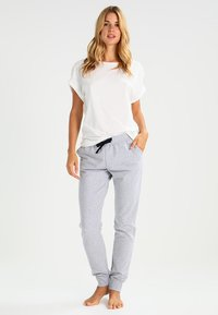 Short Stories - GREY MATTERS  - Camiseta de pijama - white pebble - 1
