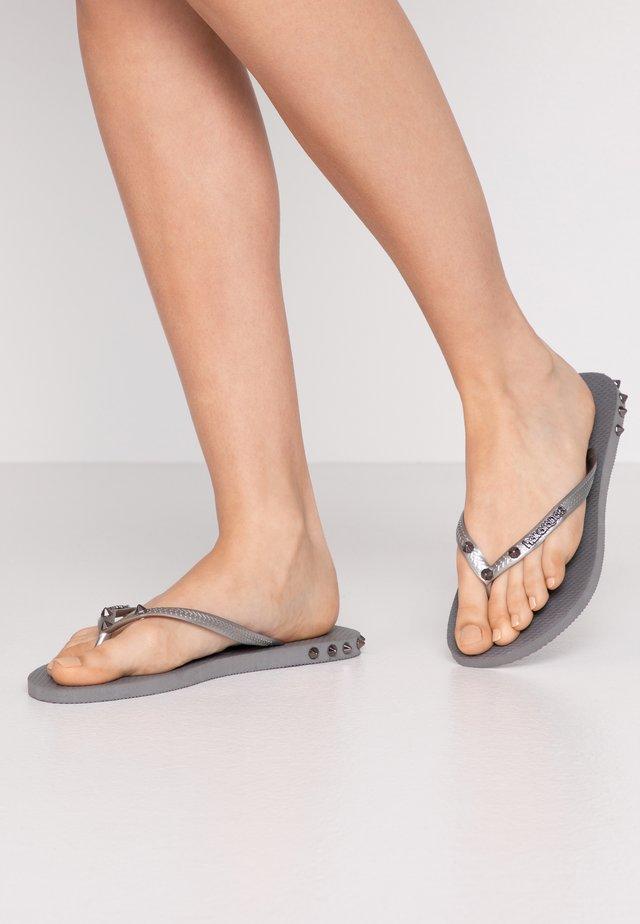 SLIM FIT ROCKY - Sandály s odděleným palcem - steel grey