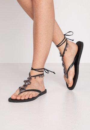 SLIM FIT FESTIVAL - Sandaler m/ tåsplit - black