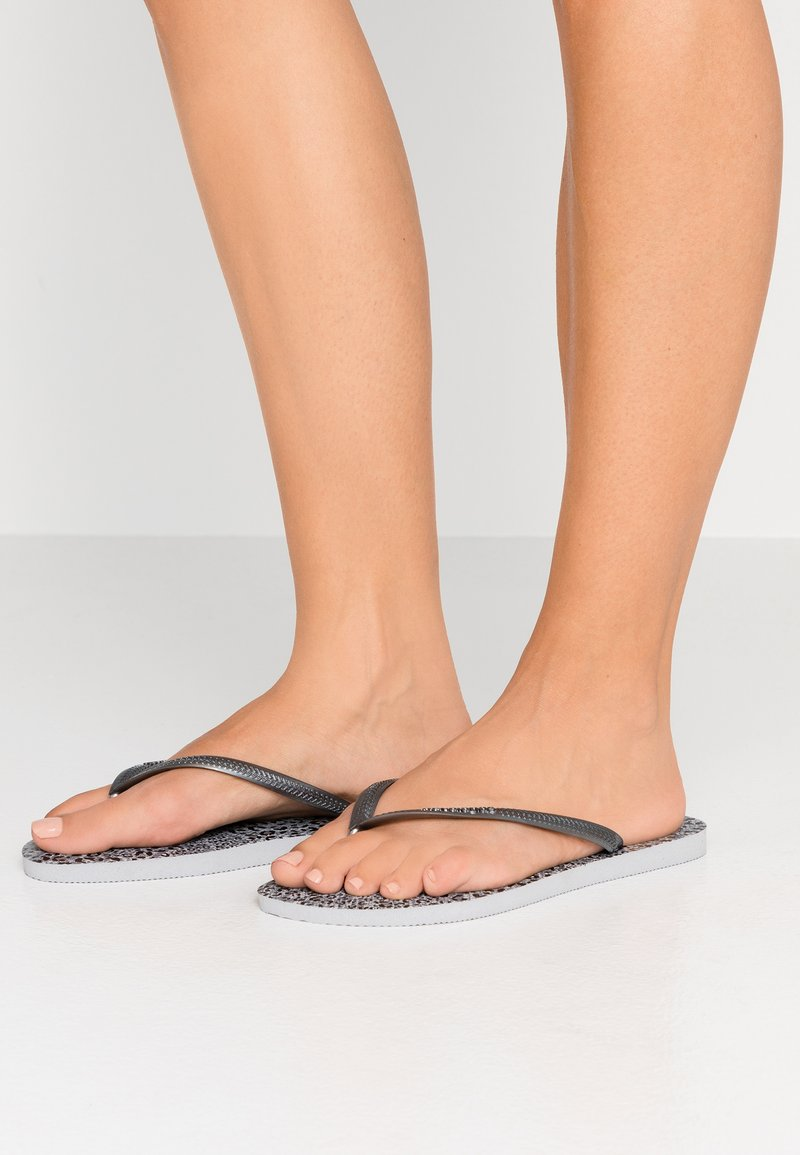 Havaianas - SLIM ANIMALS - Varvassandaalit - ice grey/metallic graphite