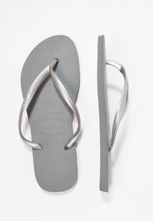 SLIM FIT - Chanclas de dedo - grey/silver