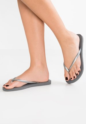 SLIM FIT - Teenslippers - grey/silver