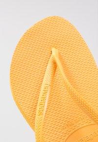 Havaianas - SLIM FIT - Chanclas de dedo - banana yellow - 3