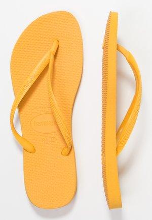 SLIM FIT - Klipklappere/ klip klapper - banana yellow