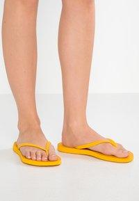 Havaianas - SLIM FIT - Chanclas de dedo - banana yellow - 1