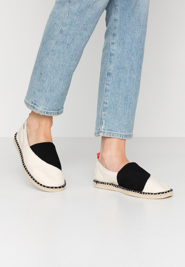 ORIGINE ELASTIC - Loaferit/pistokkaat - white/black