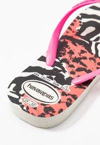 Havaianas - SLIM ANIMALS - Pool shoes - white/shocking pink - 2