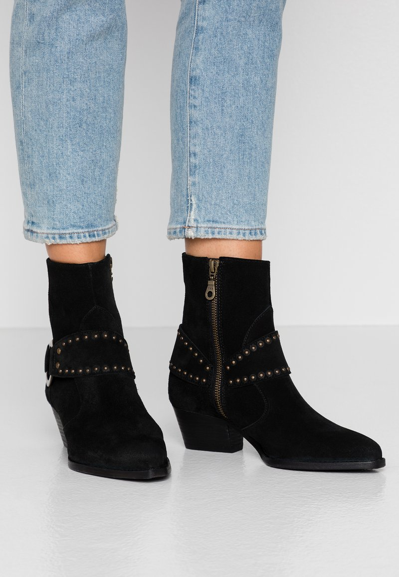 H by Hudson - RODEO - Cowboy/biker ankle boot - black