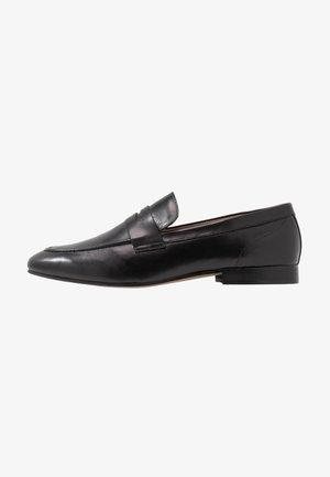 BOLTON SADDLE - Elegantní nazouvací boty - black