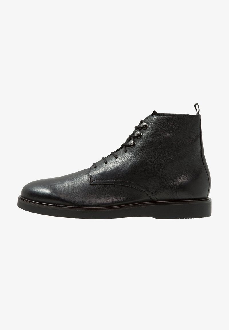 H by Hudson - BATTLE - Bottines à lacets - black