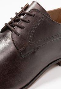 H by Hudson - CRAIGAVON - Eleganckie buty - brown - 5