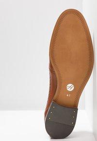H by Hudson - CROWTHORNE - Elegantní šněrovací boty - tan - 4