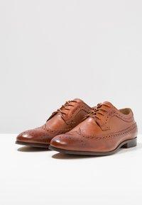 H by Hudson - CROWTHORNE - Elegantní šněrovací boty - tan - 2