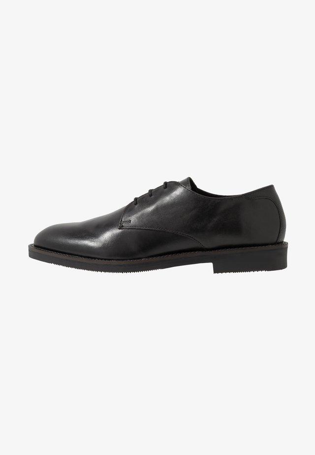 KARTER DERBY - Smart lace-ups - black