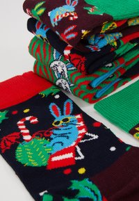 Happy Socks - MACAULAY CULKIN GIFT BOX 3 PACK - Ponožky - multi-coloured